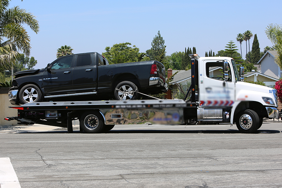 24/7 Towing The Collision Star